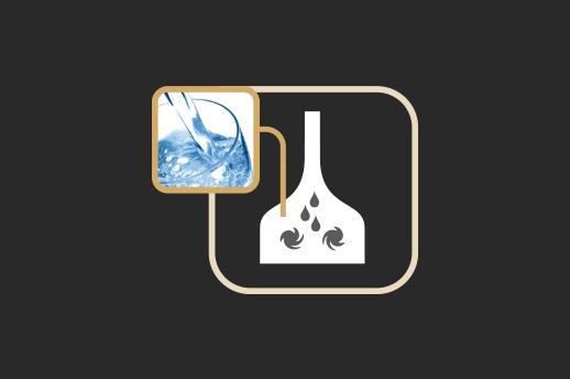 Brassagem Após mistura com água, o amido no malte é transformado em açucares simples e complexos pela ação de enzimas ativadas em diferentes patamares de temperatura.